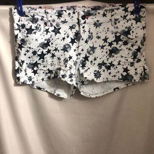 Levi's Shorts!!
